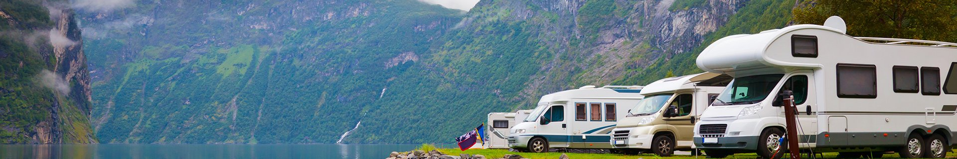 8x countryside camping with a fantastic view